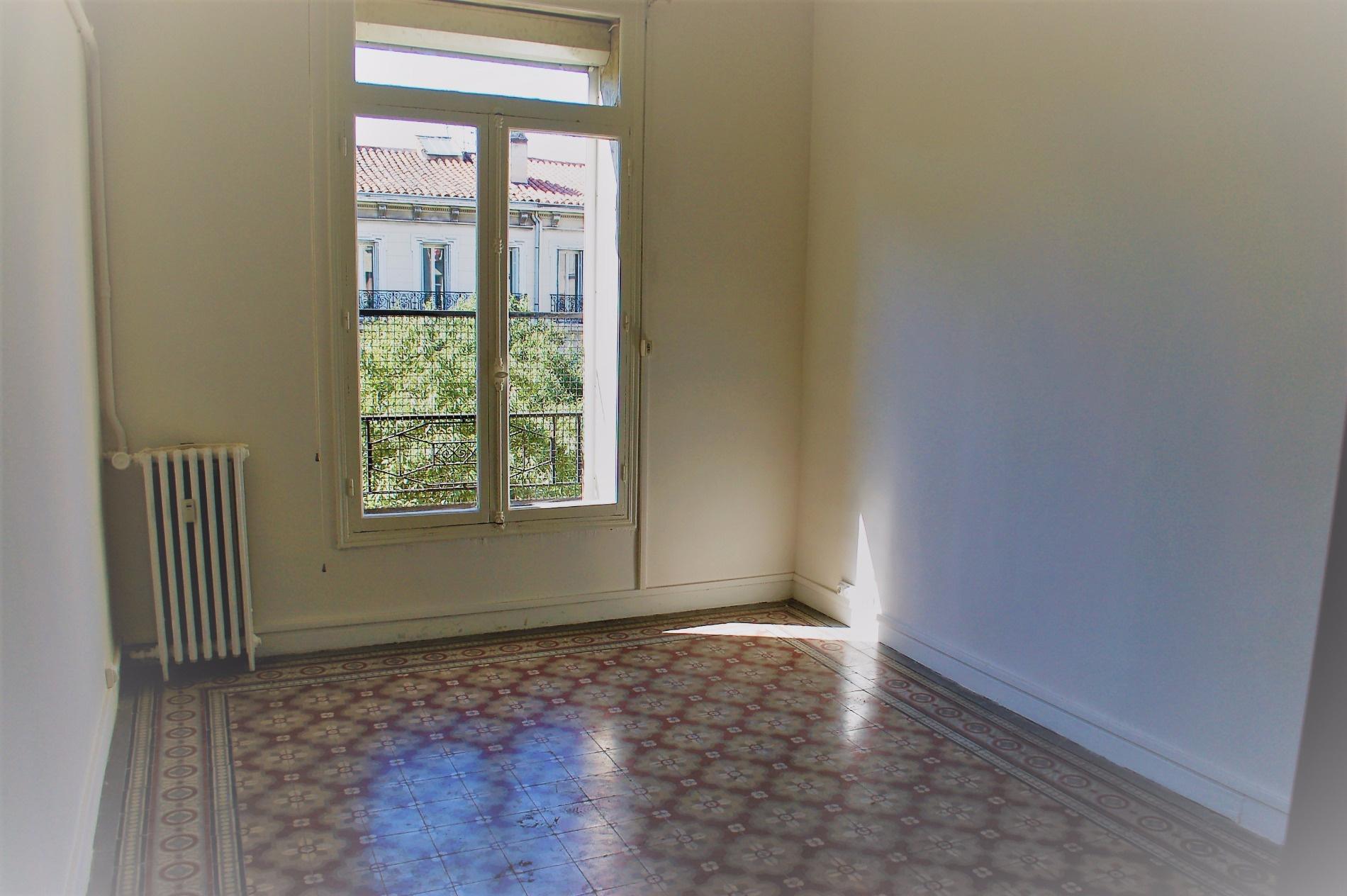 Offres de location Appartement Marseille (13006)